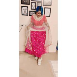 Shweta-Nair-in-Indian-attire