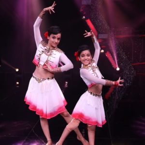Arshiya-Sharma-with-Anuradha