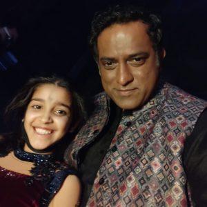 Arshiya-Sharma-with-Anurag-dada