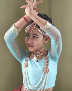 Neerja-Tiwari-classical-dancing