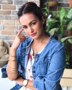 Actor_Nisha_Rawal