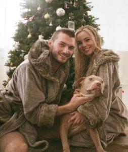 Emma Kotos with her boyfriend