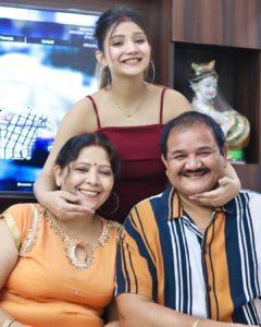 Khushi Punjaban with her inlaws